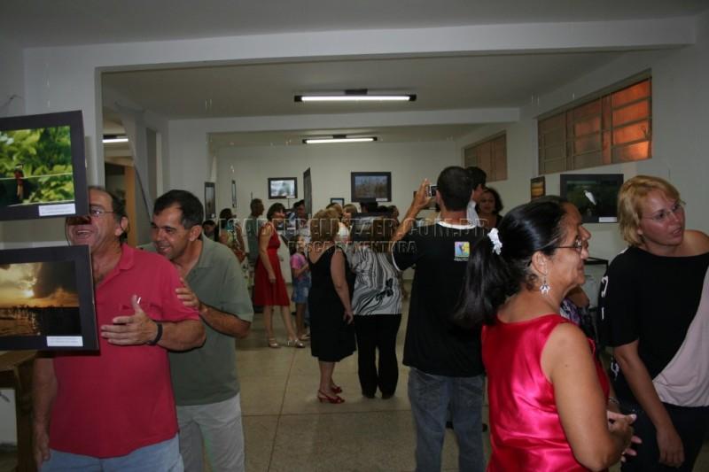 P.-Pta-19-de-março-de-2009-exposisão-de-fotos-dpto-de-cultura-036-1024x682