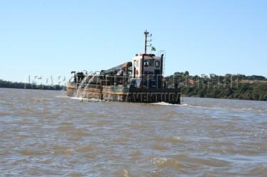IMG_8417 draga para exploração de areia do rio